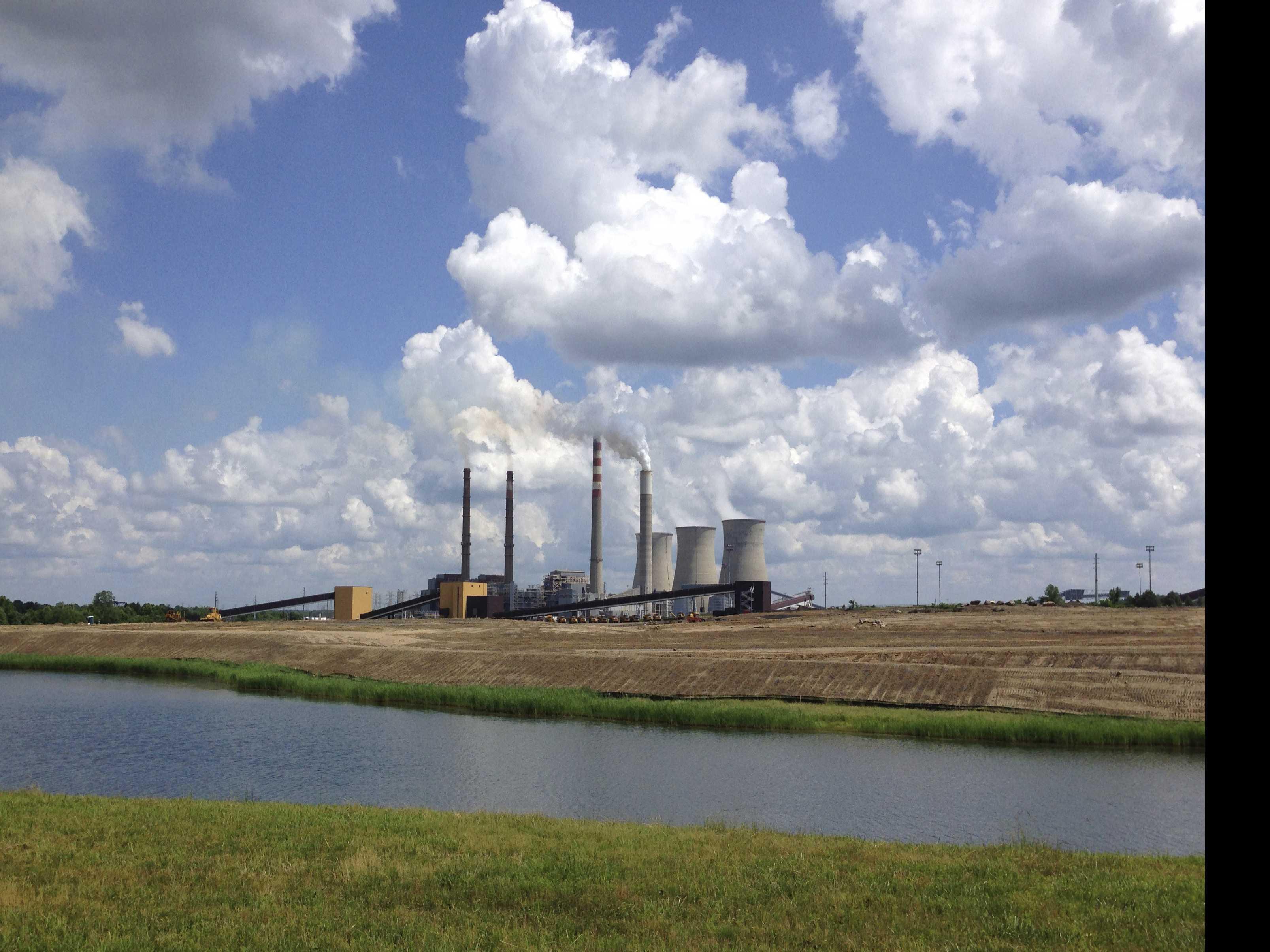 Trump-Dominated Board to Close Coal Plant, Despite His Plea