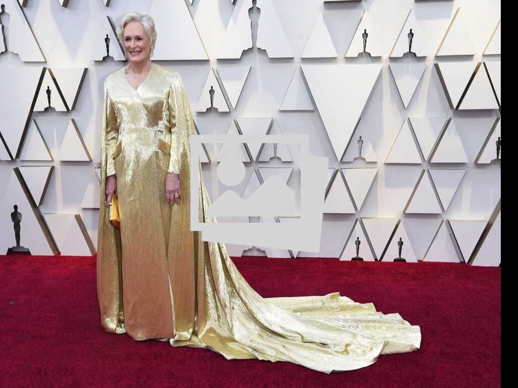 24 Oscar Fashion Looks: Fab or Forgettable?