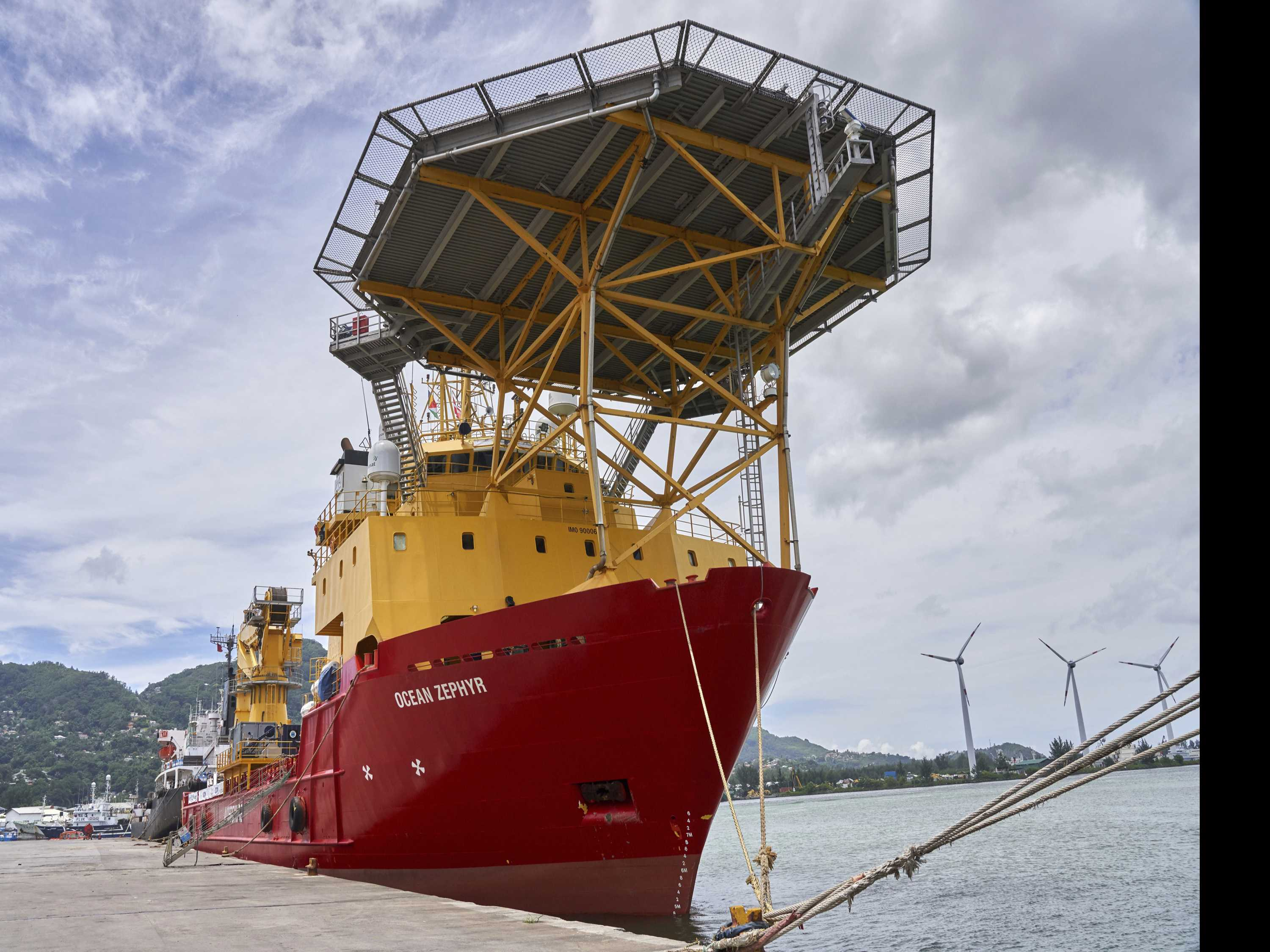 Science Vessel for Ocean Mission Arrives in Seychelles