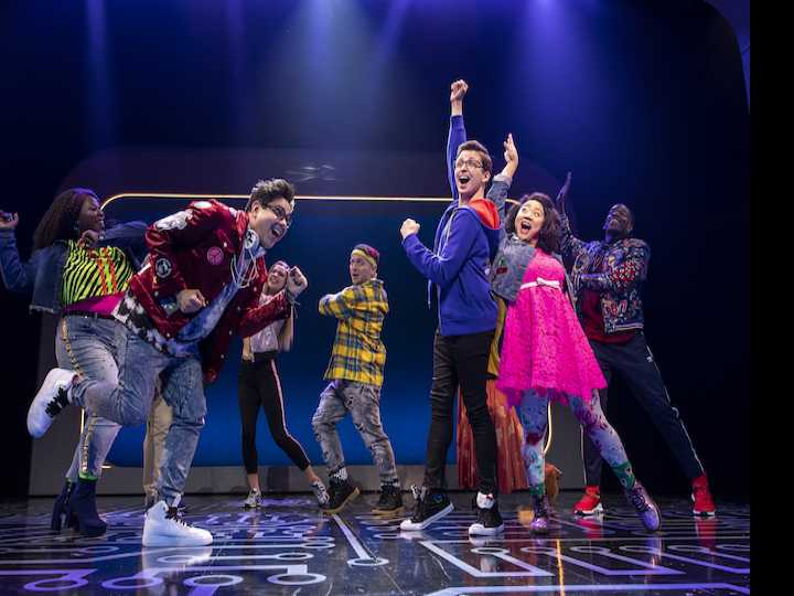 Review :: Too Cool for School? 'Be More Chill' Opens on Broadway