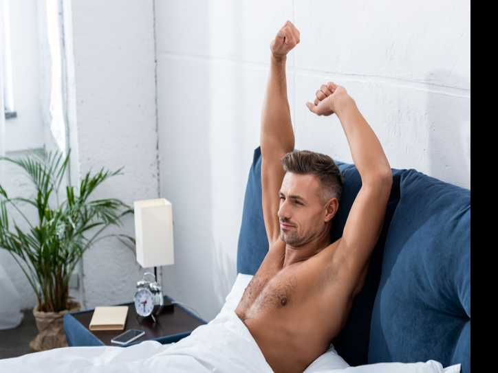 Early Birds Have More Sex and Make More Money Than Night Owls
