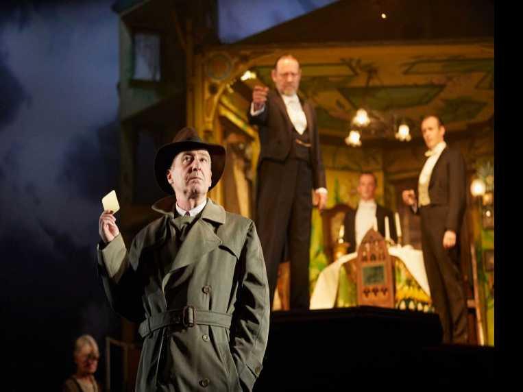 Review :: An Inspector Calls