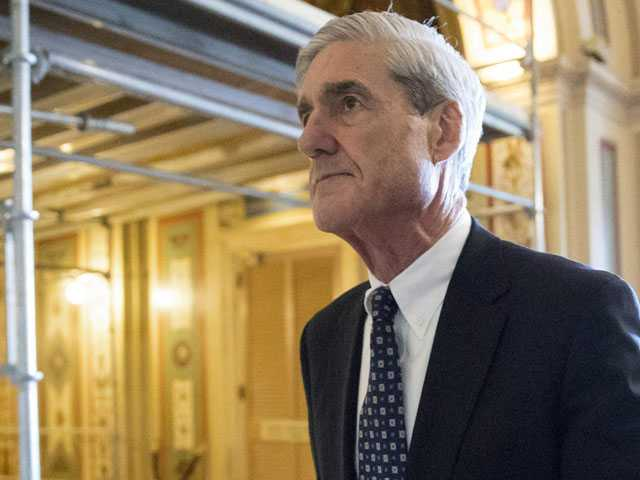 Shifting Hopes as Republicans and Democrats Await Mueller