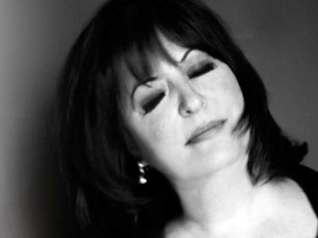Wake-up Call:  Talking with Jazz & Cabaret Star Ann Hampton Callaway