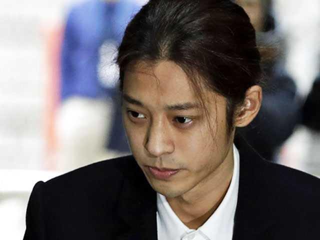Court Reviews Arrest Request on K-Pop Singer Jung Joon-young