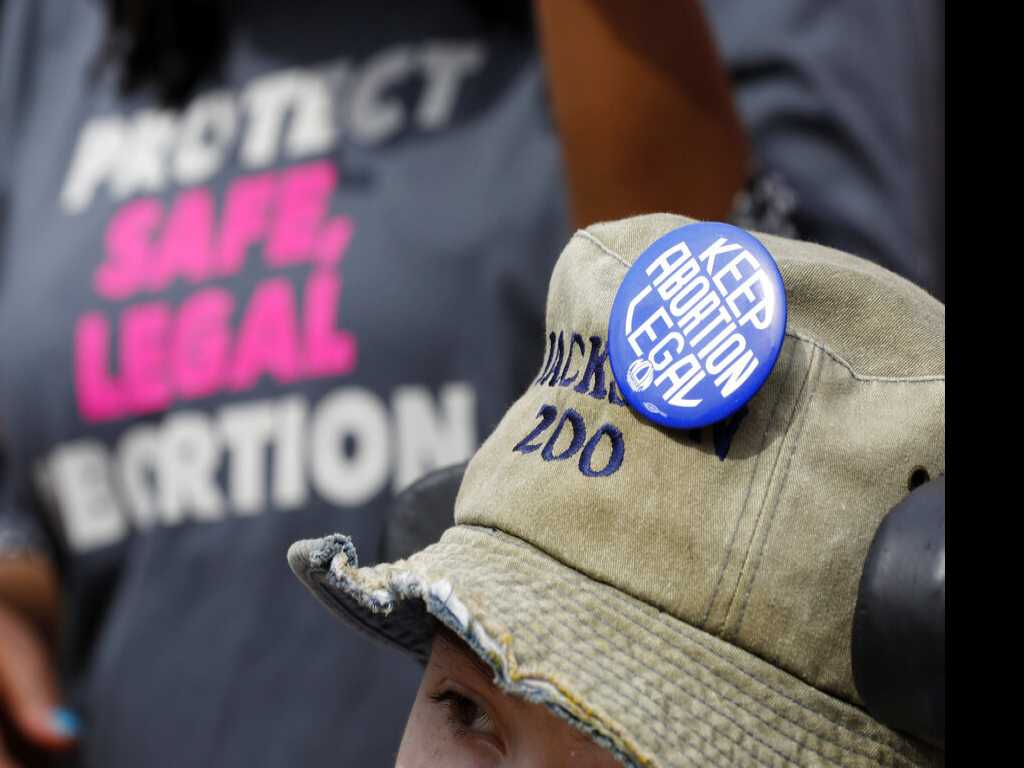 Mississippi Governor Set to Sign 'Hearbeat' Abortion Law