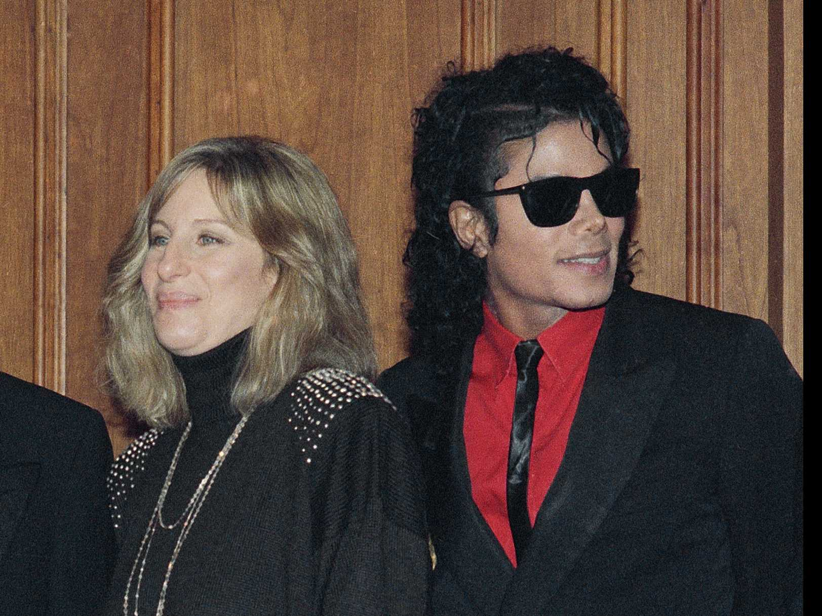 Streisand Apologizes for Remarks on Michael Jackson Accusers