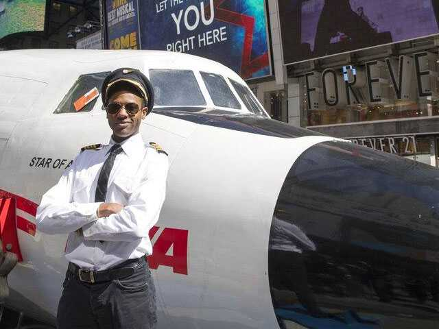 Vintage Planes Tours Times Square Before Becoming Cocktail Lounge