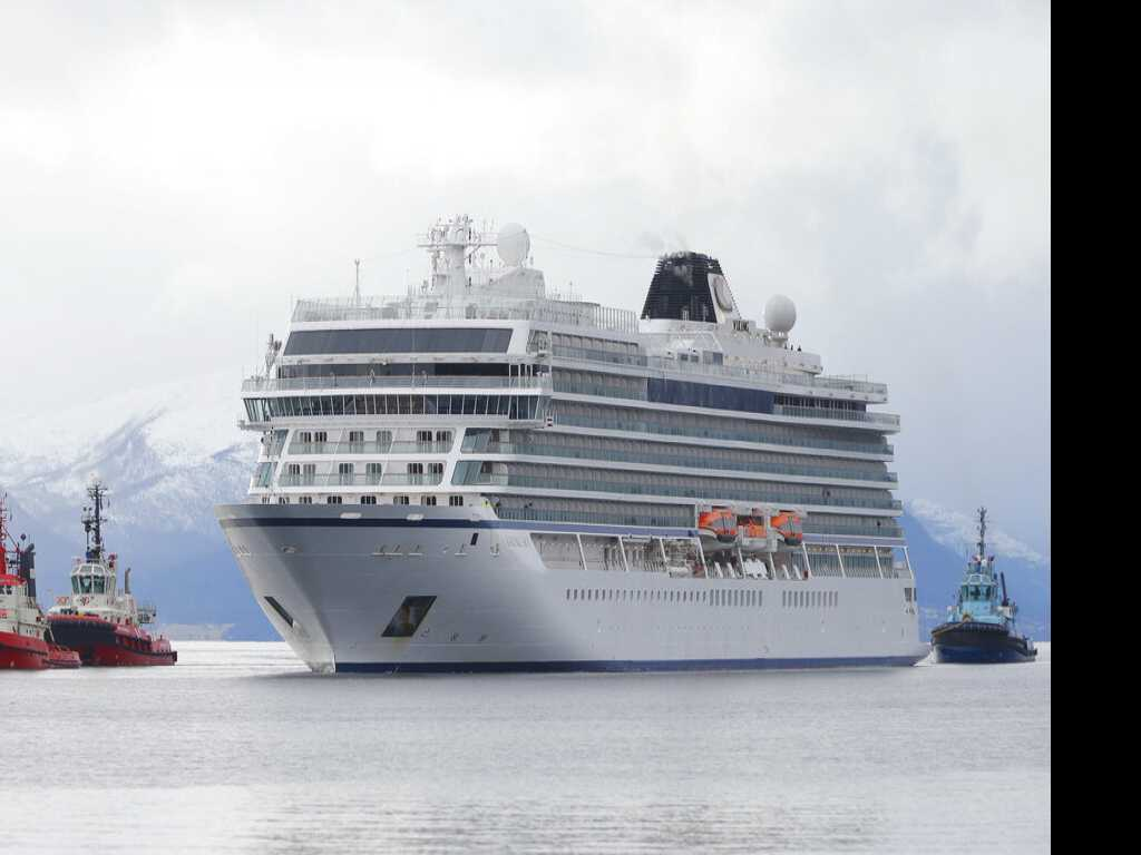 Norway to Open Probe Into Cruise in Stormy Weather