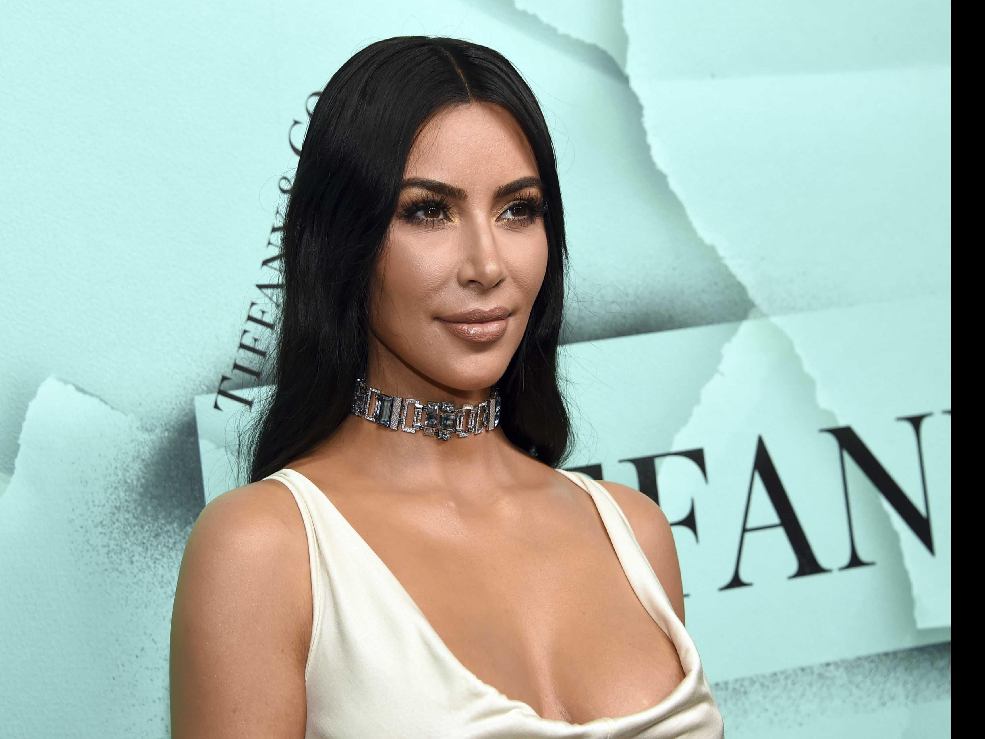 Kim Kardashian West, Approach the Bench!