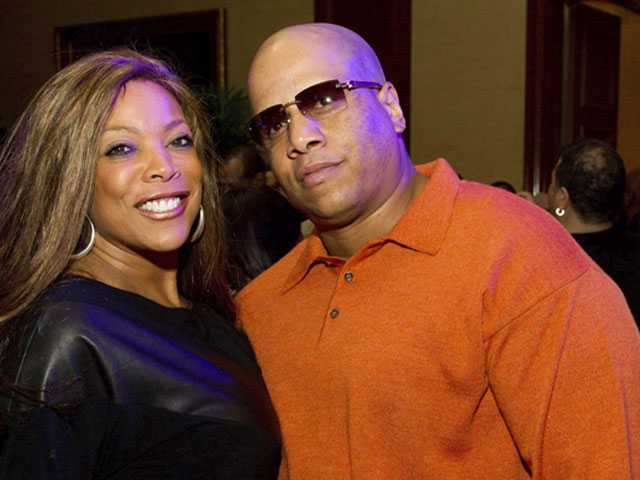 Wendy Williams Files for Divorce After 21-Year Marriage