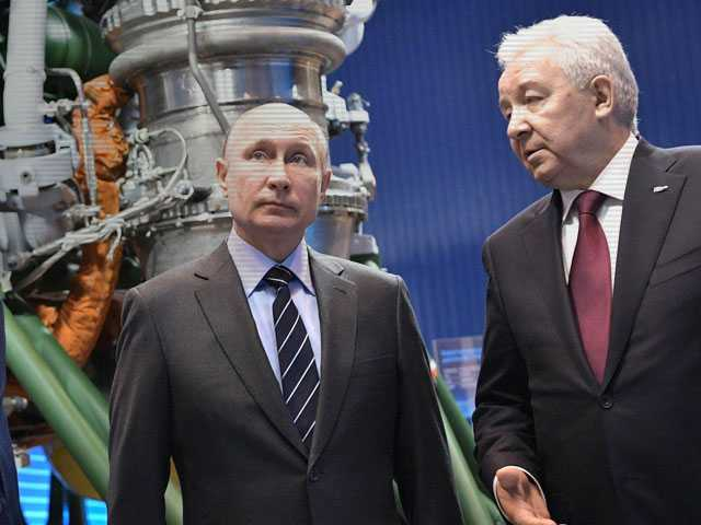 Putin Vows to Pump More Cash into Russian Space Industries