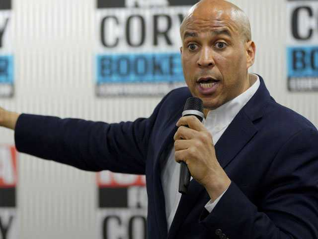Cory Booker Talks New Tax Credit Plan During Iowa Visit