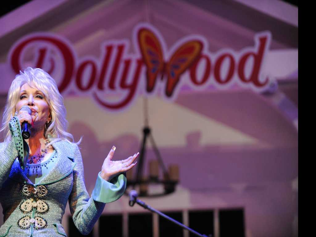Eaglet Welcomed as New Addition to Dollywood
