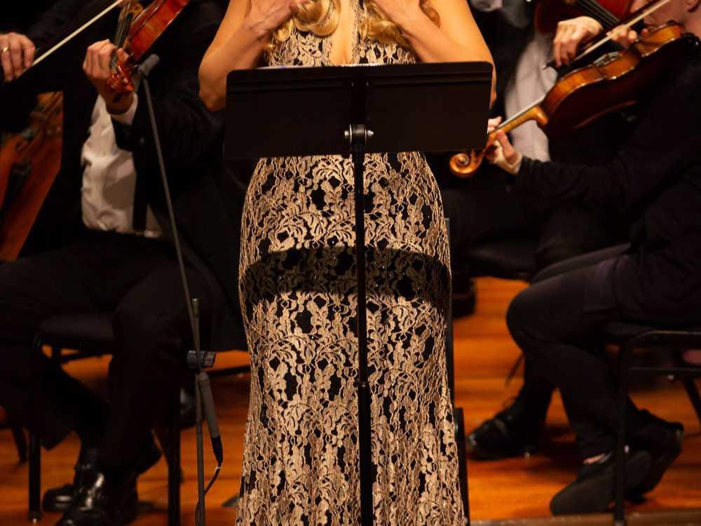 Review :: Die Agyptische Helena | Odyssey Opera