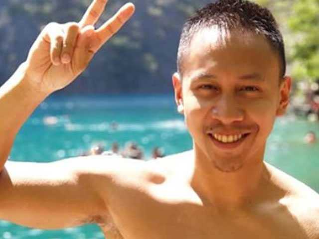 YouTuber & Comedian Mikey Bustos Comes Out as Gay