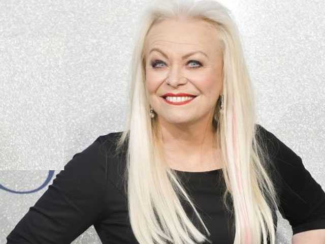 PopUps: Jacki Weaver Curses Out Anjelica Huston After Shady Interview