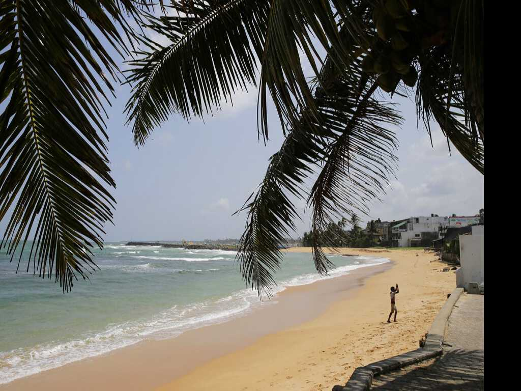 Sri Lanka's Hotels, Beaches and Eateries Now Empty of Tourists