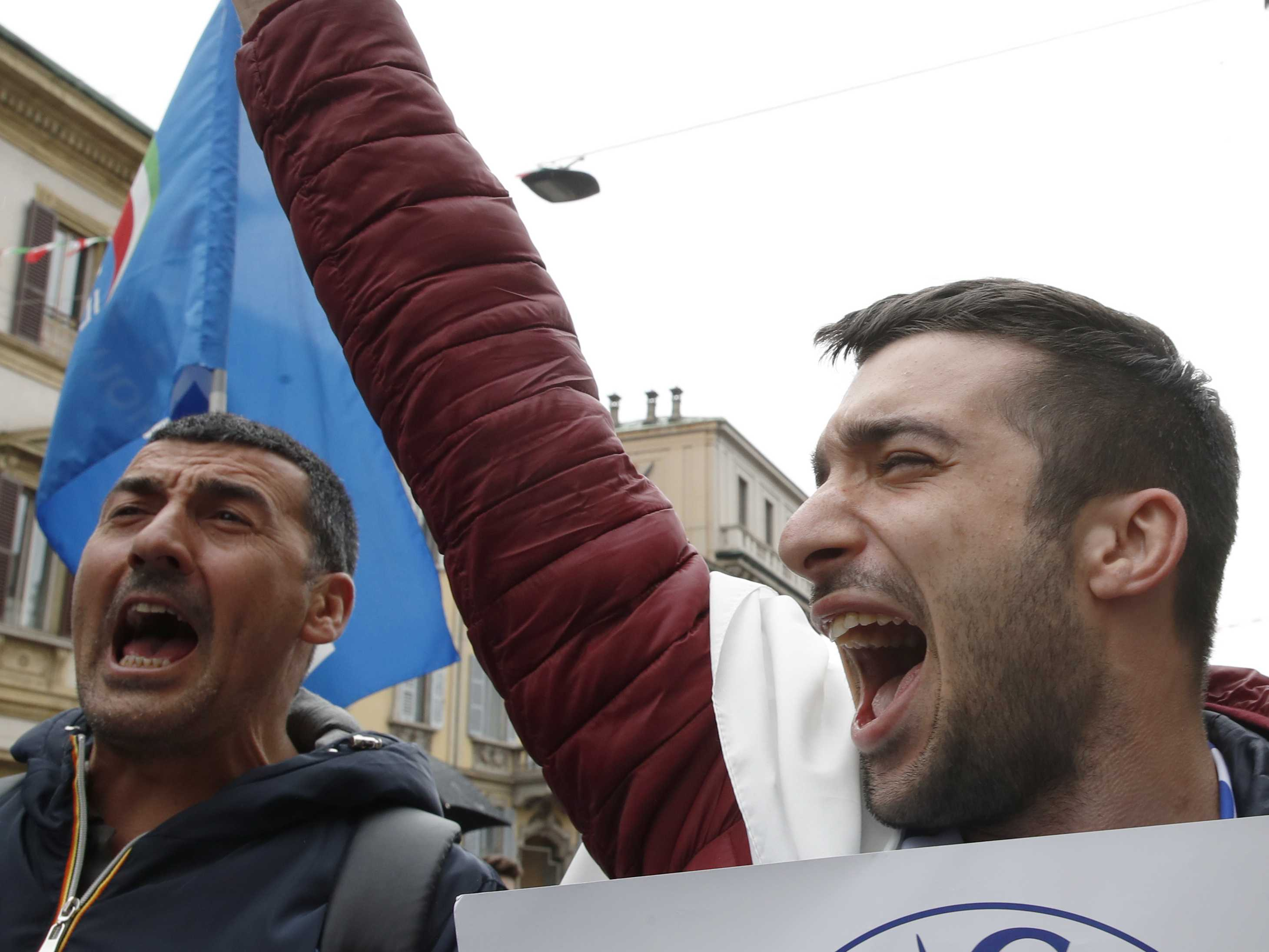 Italy's Salvini Stakes Out Post as Europe's Populist Leader