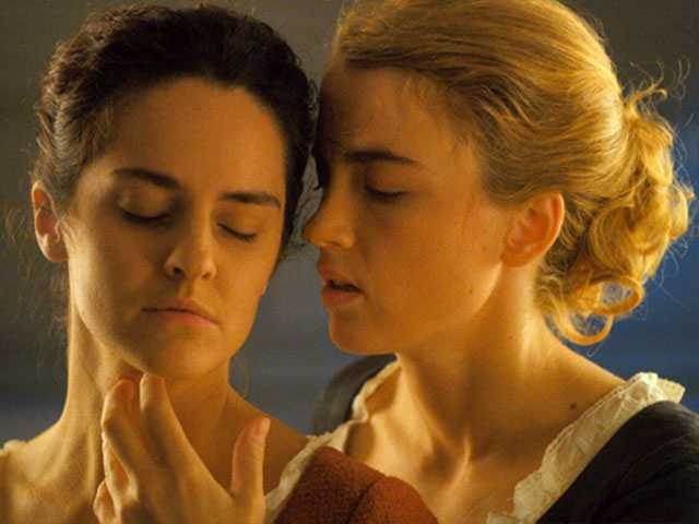 Sciamma's 'Portrait of a Lady on Fire' Sends Cannes Swooning