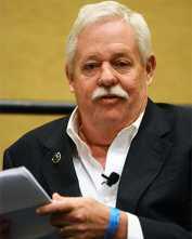 News Briefs: Maupin receives Mayor's Art Award