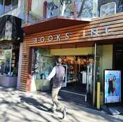 Castro's Books Inc. to close
