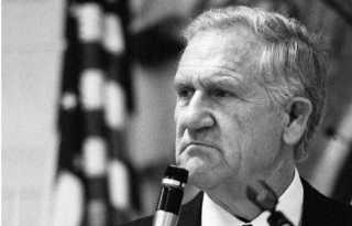 Ex-congressman who sued B.A.R. dies