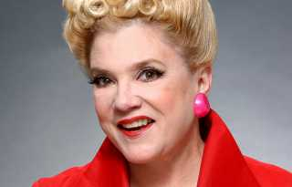 Sharon McNight:  Cabaret legend 'comes home' to Feinstein's