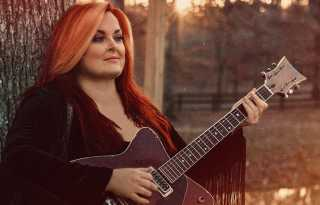 Wynonna Judd: gay super-fans discuss their Country music favorite