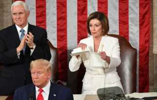 Pelosi rips up Trump's State of the Union speech