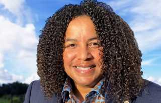 Lesbian teacher seeks Alameda education seat
