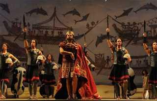 Operas offstage, online