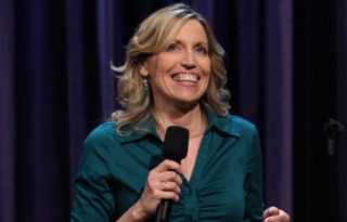 Who's Your Mami Comedy returns with host Marga Gomez, headliner Laurie Kilmartin