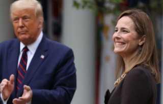 Trump nominates Barrett for US Supreme Court