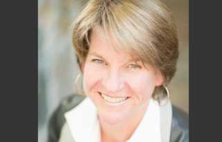Out Peninsula councilwoman to seek supe seat
