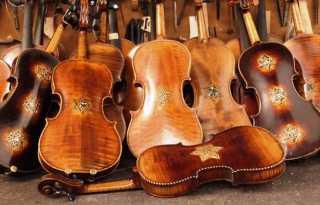 Pulling at heartstrings: 'Violins of Hope' live at Kohl Mansion