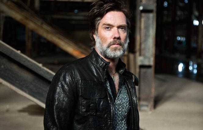 Rufus Wainwright: gay singer-songwriter unfollows the rules